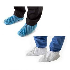 3M Disposable Protective Overshoe Covers